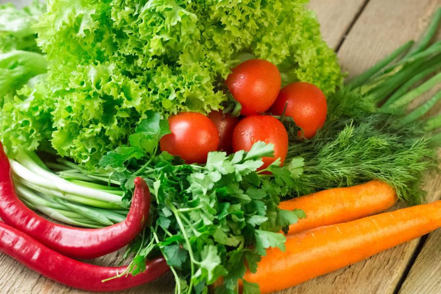 Bệnh viêm buồng trứng nên ăn nhiều rau xanh